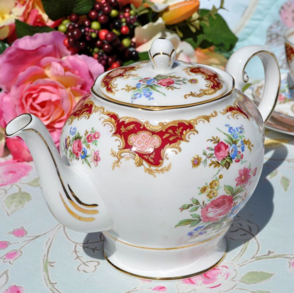 Tuscan Windsor Vintage 1.5 Pint Teapot c.1947+