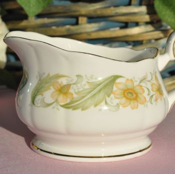 Duchess Greensleeves 18 fl.oz Custard or Cream Jug