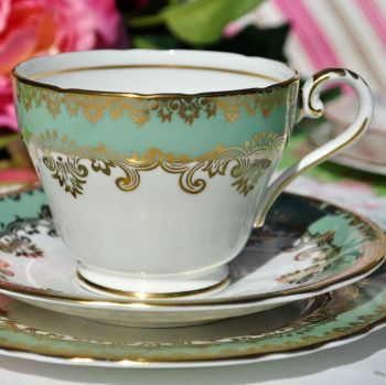 Aynsley Fern Green and Gold Vintage China Teacup Trio