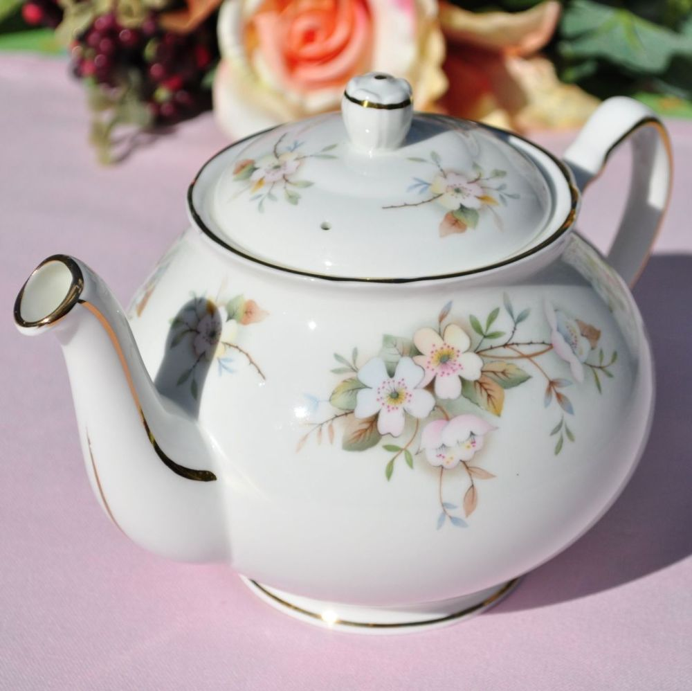 Duchess Lansbury 2 Pint Teapot