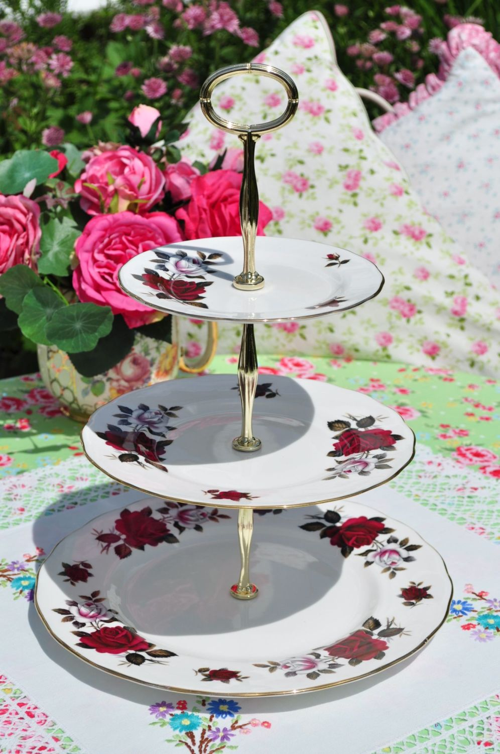 red roses tiered vintage cake stand
