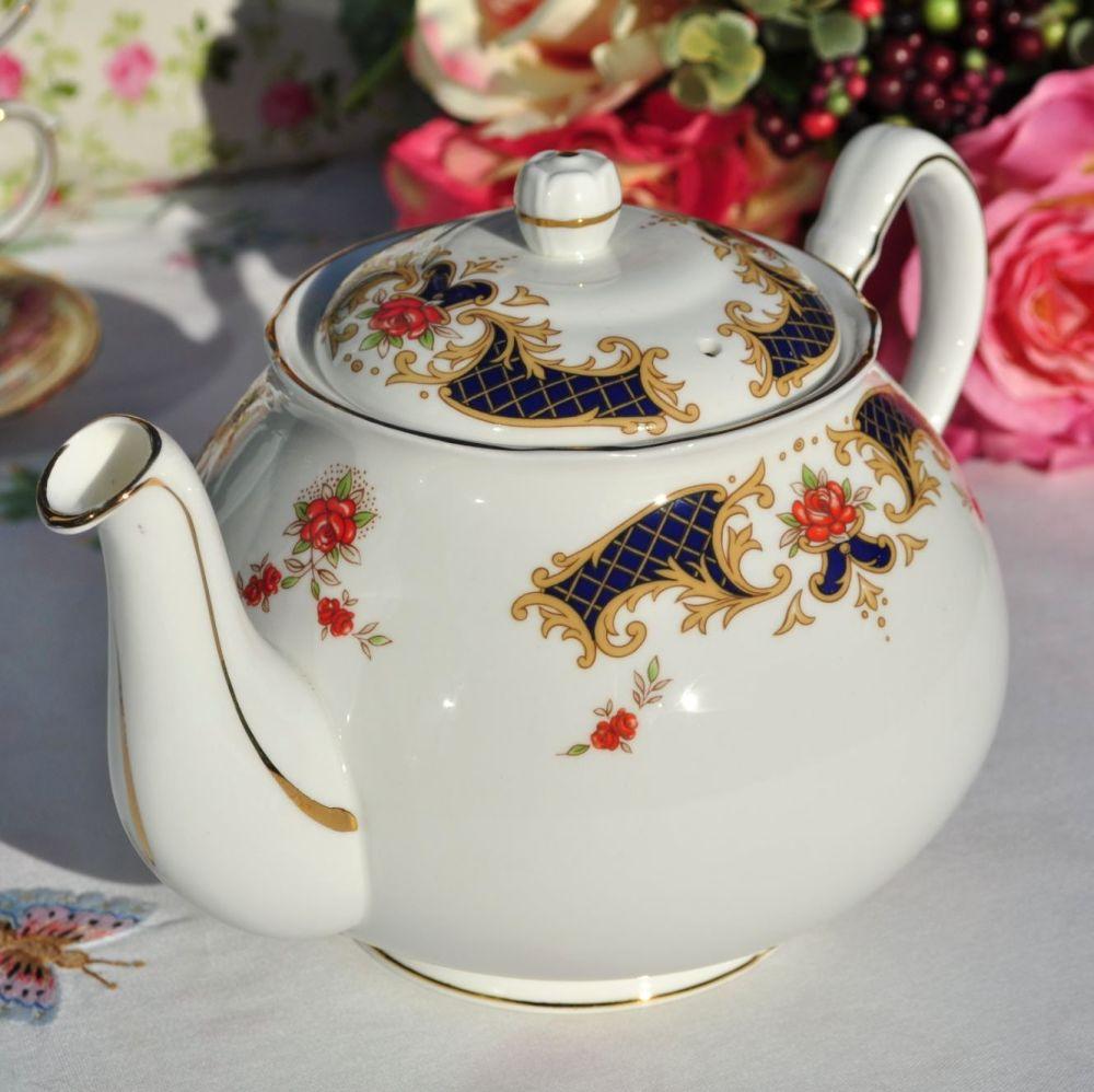 Duchess Westminster Vintage Bone China 2 Pint Teapot