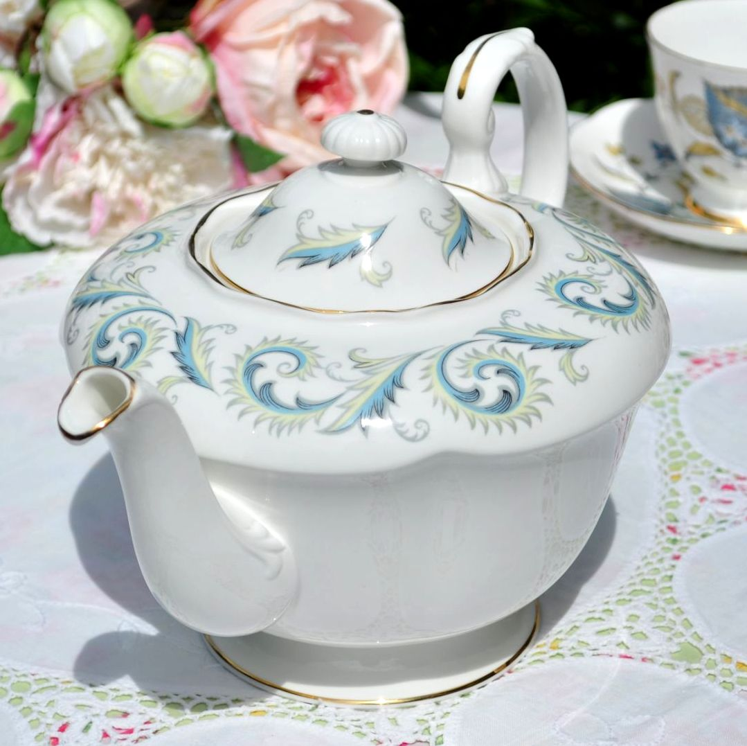 Royal Standard Garland Large Teapot