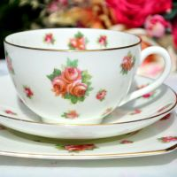 Royal Doulton Scattered Roses Teacup Trio c.1930s
