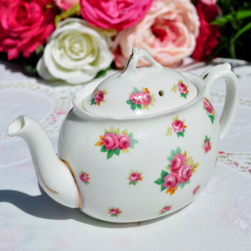 Royal Doulton Scattered Roses Small Teapot
