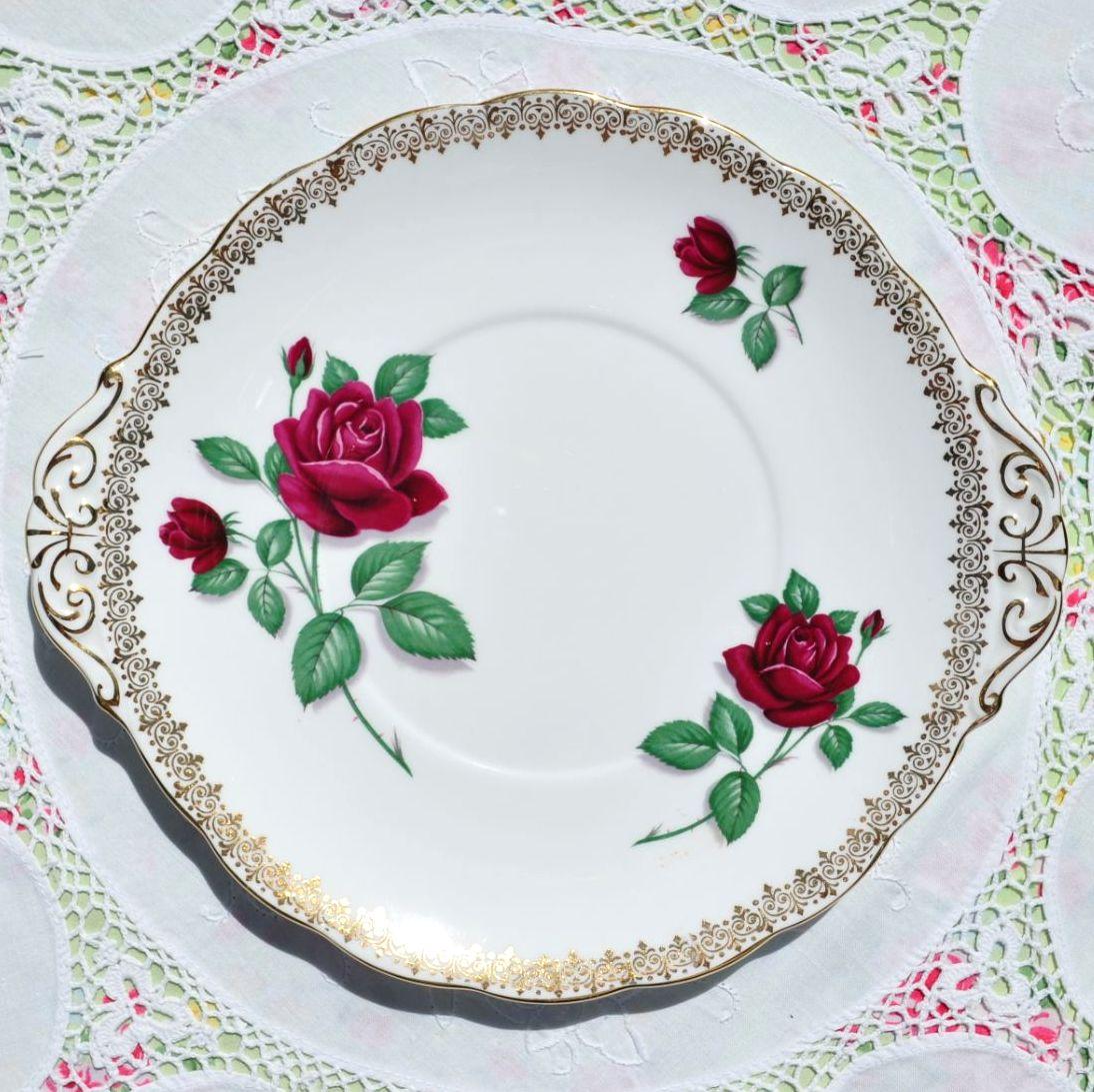 Royal Standard Red Velvet Cake Plate