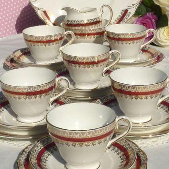 Salisbury Sarum Red and Gold Bone China 21 Piece Vintage Tea Set