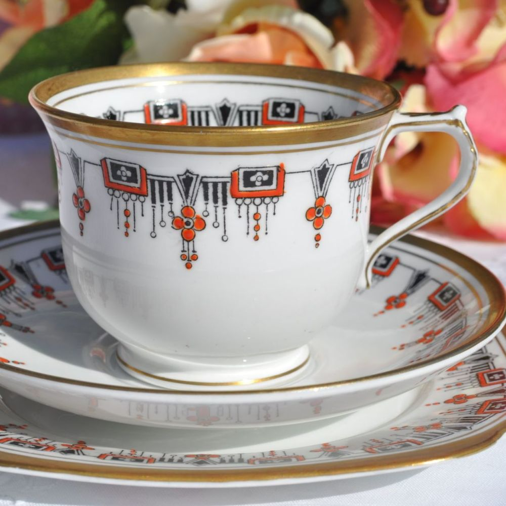 Bell China Art Deco Hand Painted Necklace Pattern Teacup Trio c.1930s