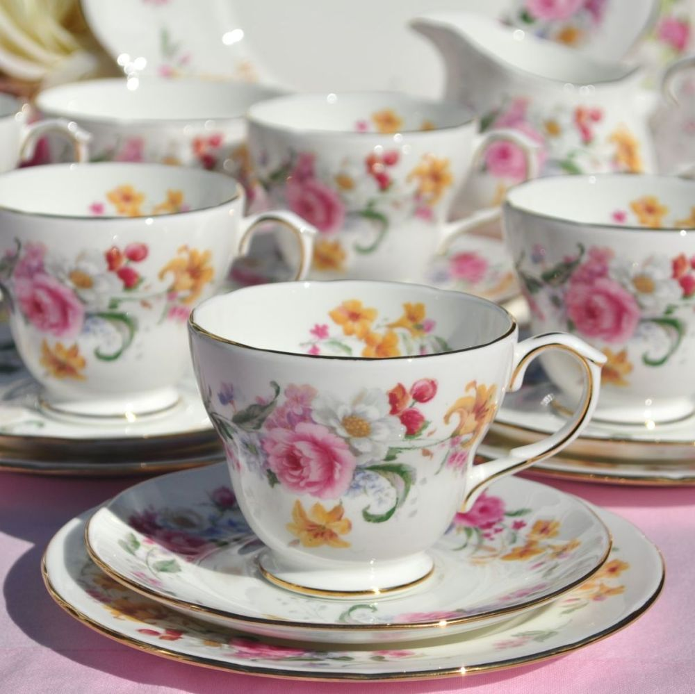 Duchess Memories Floral Bone China Vintage 21 Piece Tea Set