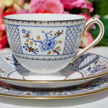 Royal Crown Derby Mandarin 1277 Teacup Trio c.1970s