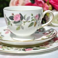 Wedgwood Hathaway Rose Teacup Trio c.1970s