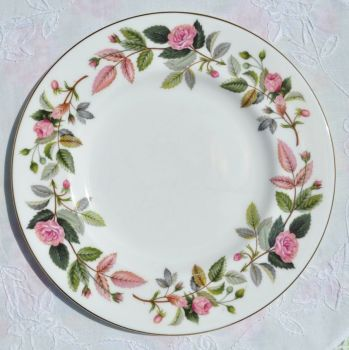 Wedgwood Hathaway Rose Bone China 20.5cm Plate