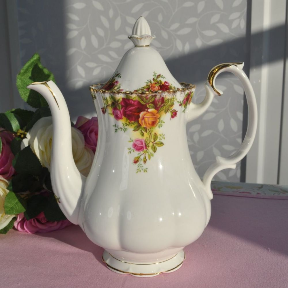 Royal Albert Old Country Roses Vintage Bone China Tea or Coffee Pot c.1962+