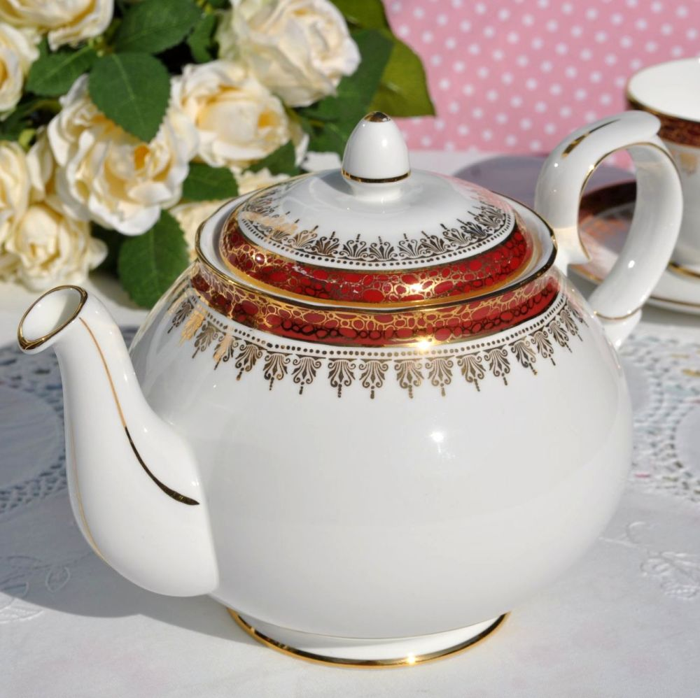 Duchess Winchester Red and Gold Bone China 2 Pint Teapot