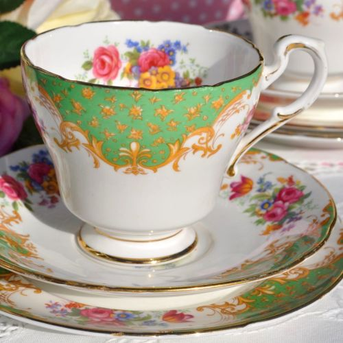 Paragon Rockingham green vintage tea trio