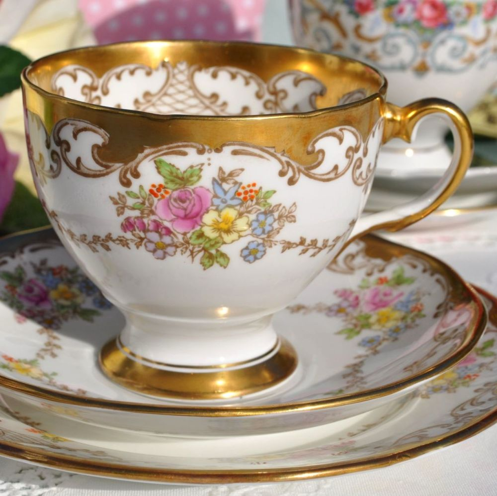Salisbury Chelsea Pattern Gold and Floral Vintage China Teacup Trio c.1930'