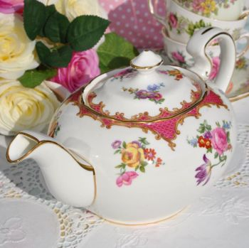 Aynsley Pink Floral English Bone China Vintage 2 Pint Teapot