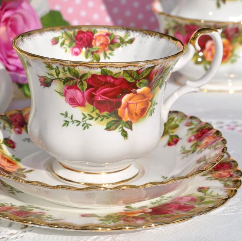 Royal Albert Old Country Roses First Edition Teacup Trio c.1962+