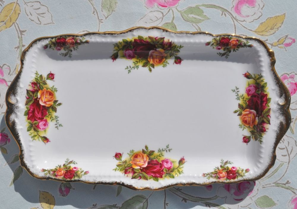 Royal Albert Old Country Roses Vintage Bone China Sandwich Tray c.1962+