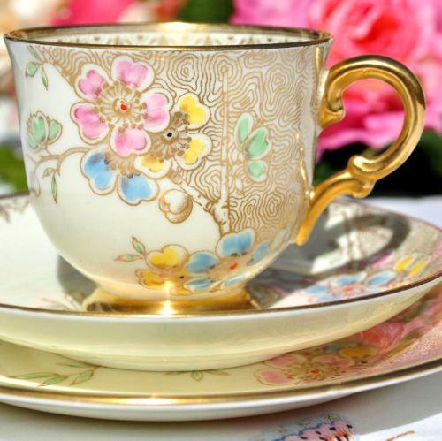 Tuscan Art Deco Cream and Gold Tea Cup Trio c.1936
