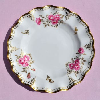 "Royal Crown Derby Pinxton Roses A.1155 Frilly Rim 10"" Plate c.1987"