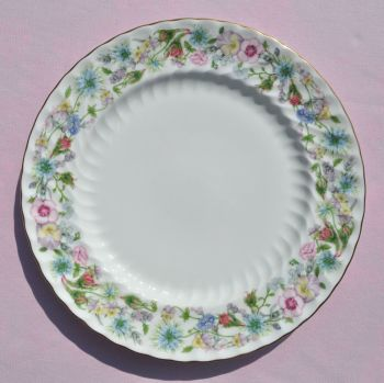 Aynsley Wild Tudor 26.5cm Vintage China Dinner Plate