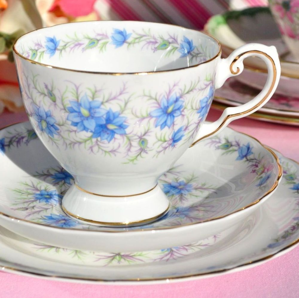 Tuscan Love In The Mist D821 Teacup Trio c.1947+