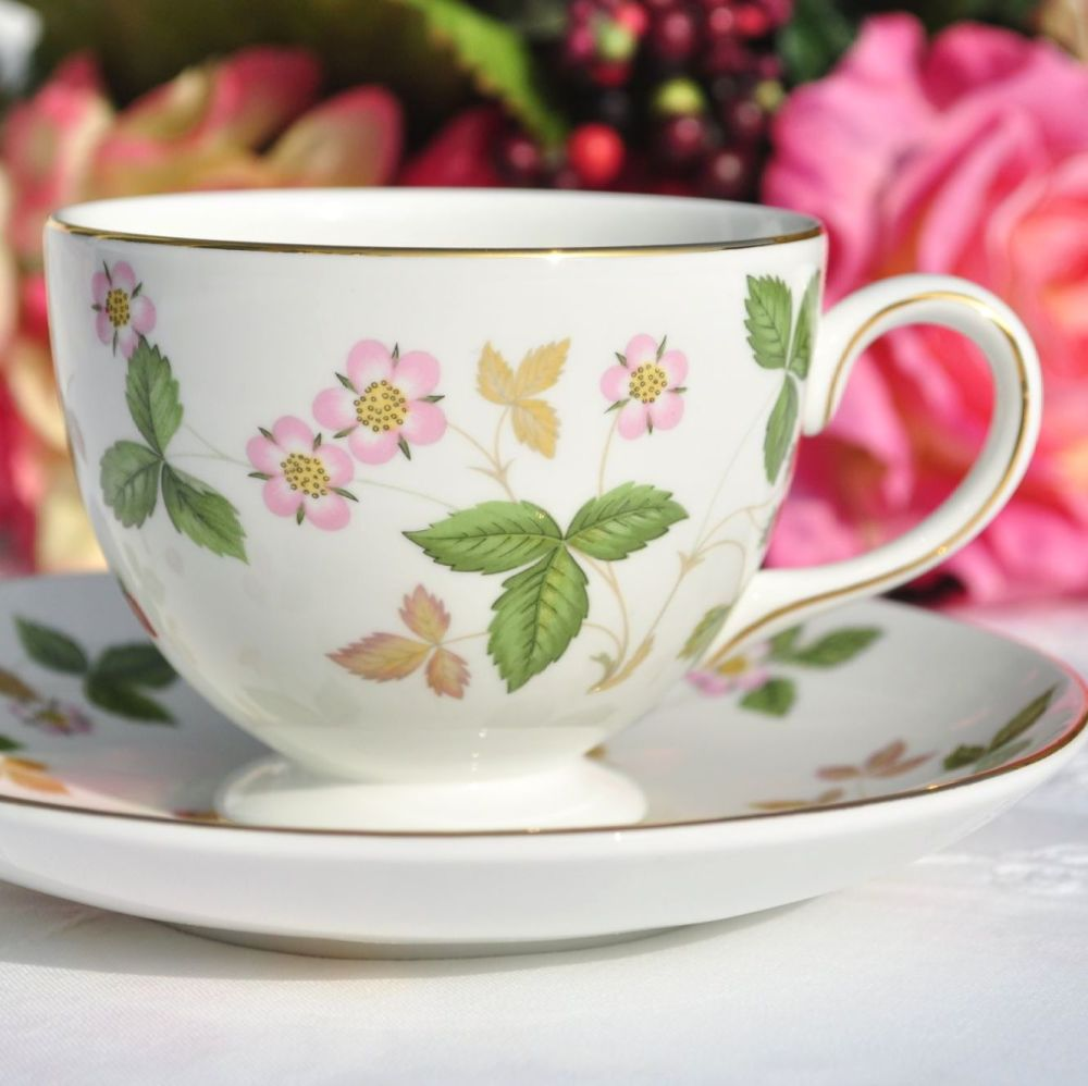 Wedgwood Wild Strawberry Bone China Teacup & Saucer
