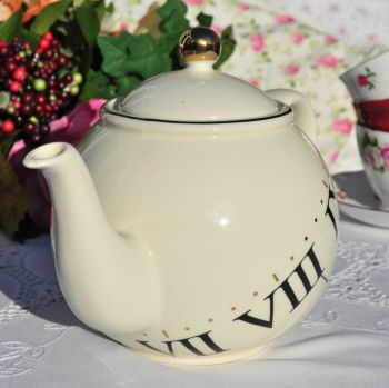 Arthur Wood Time For Tea 2 Pint Teapot