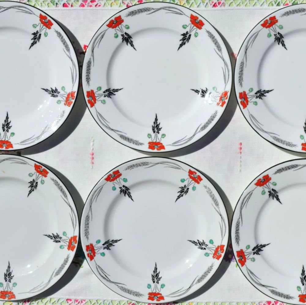Shelley Art Deco 7 Inch Hand Painted Plates Set