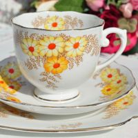 Roslyn China Bracken Teacup Trio c.1937-46