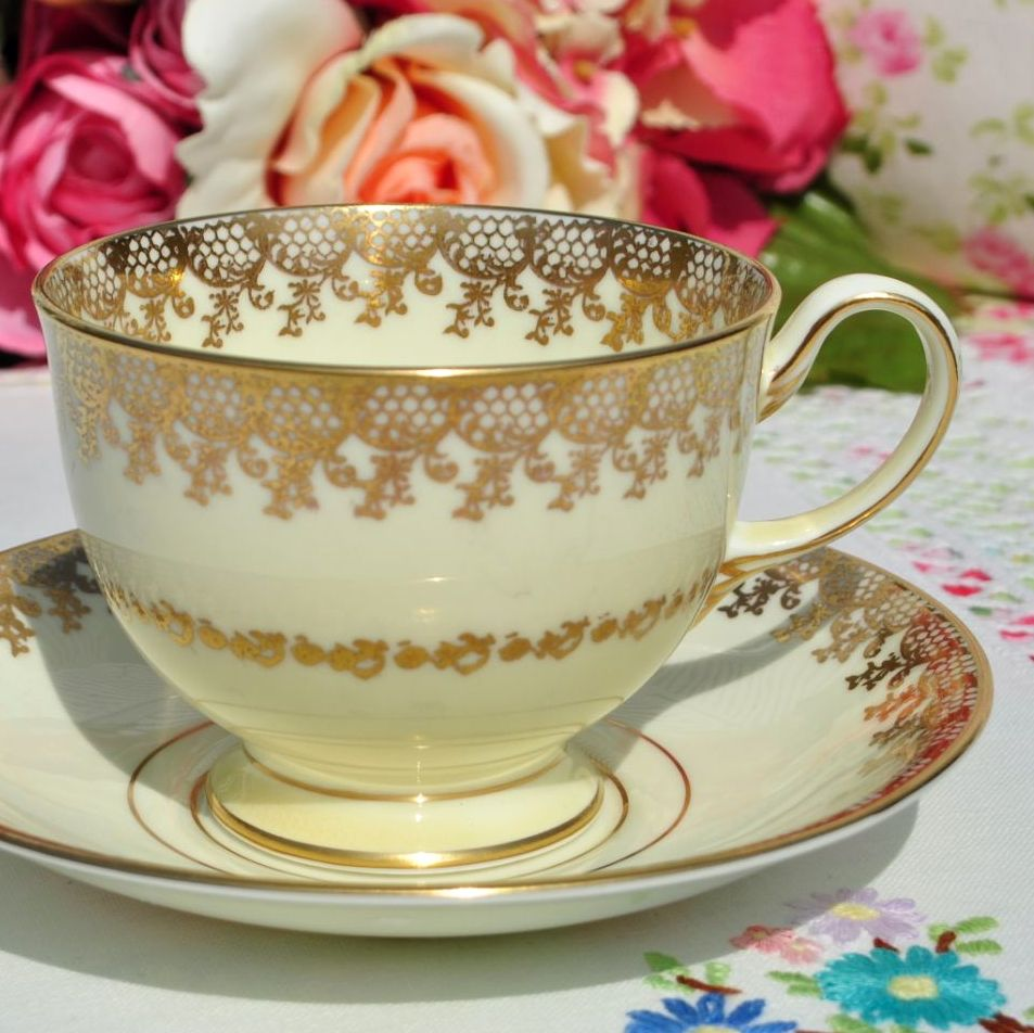 Collingwoods Cream and Gold Lace Teacup and Saucer c.1940s