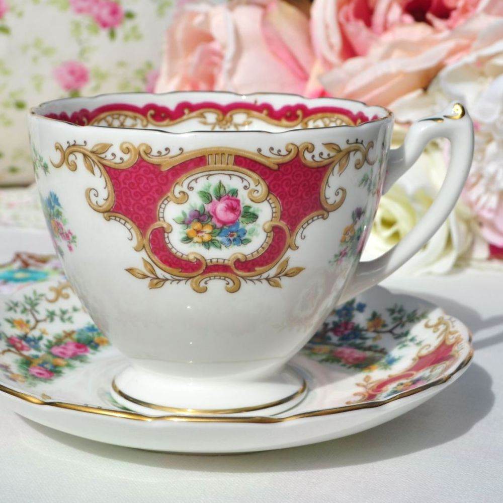 Coalport Broadway Marone Teacup and Saucer