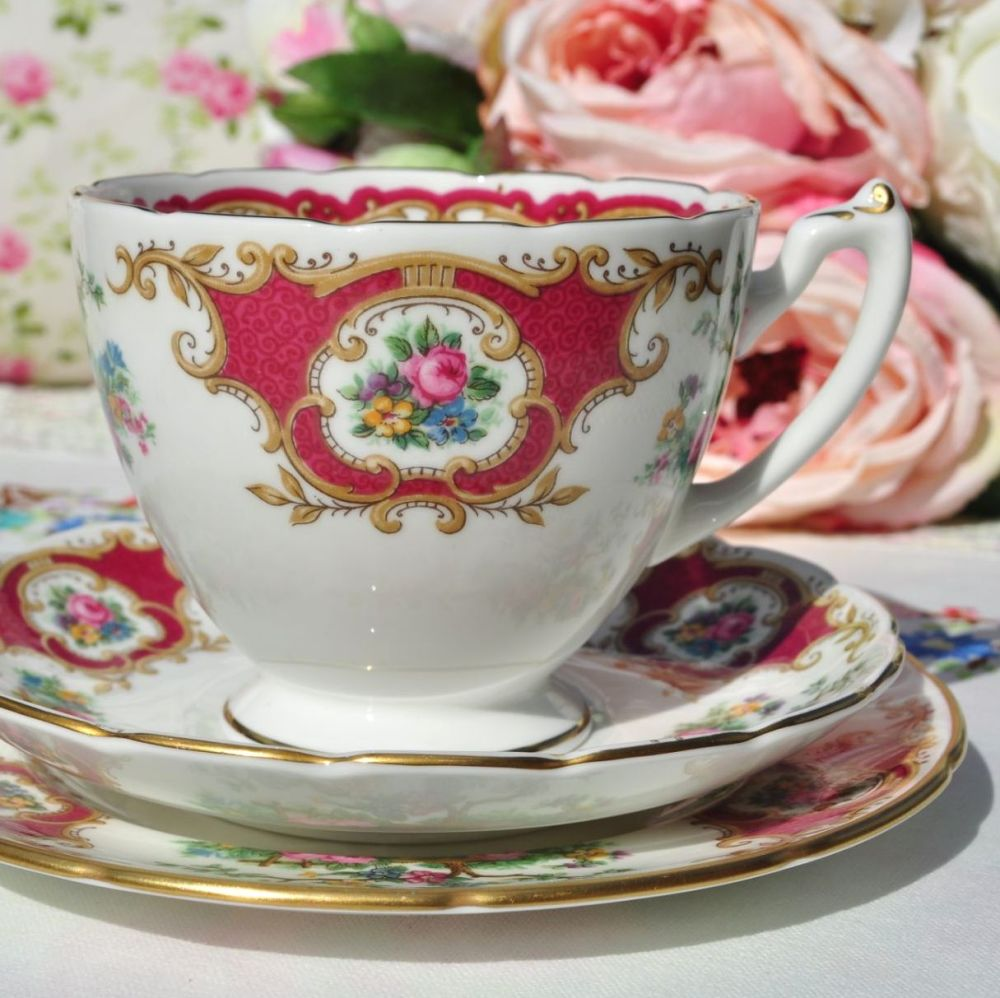 Coalport Broadway Marone Vintage Teacup Trio c.1960+