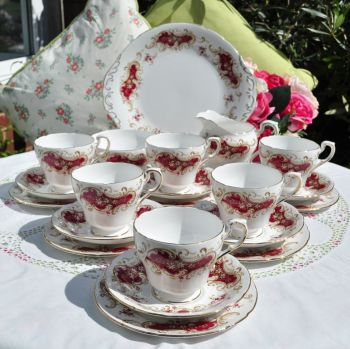 Paragon Majestic Vintage 21 Piece Tea Set c.1957+