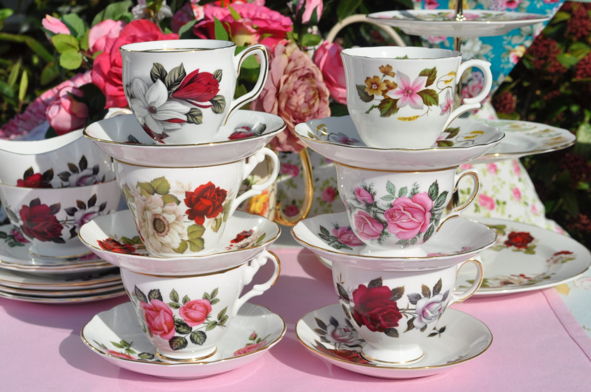 pretty mismatched teacups