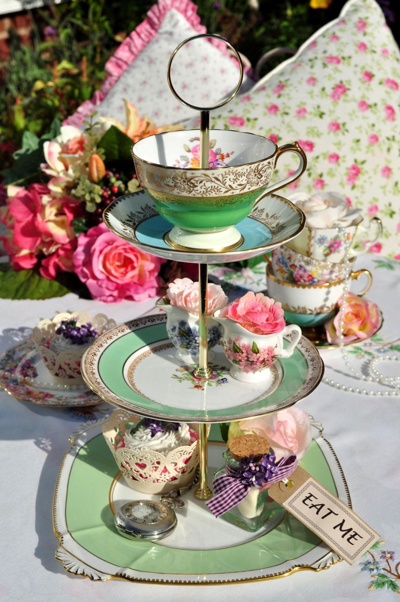 Teacup Top Cake Stand