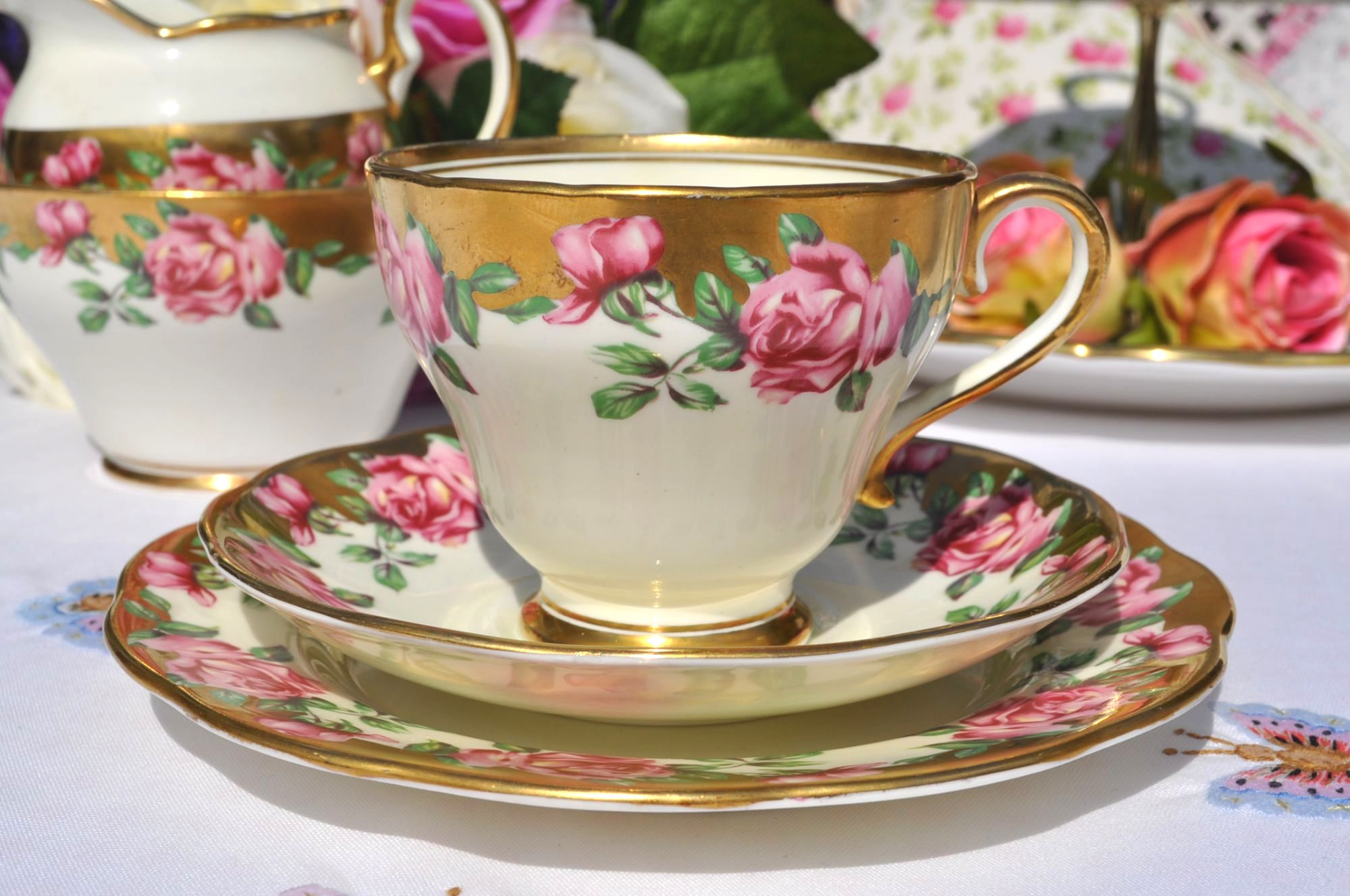 Salisbury gold embellished tea cup trio