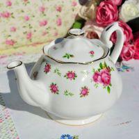 Royal Albert New Country Roses Large Teapot