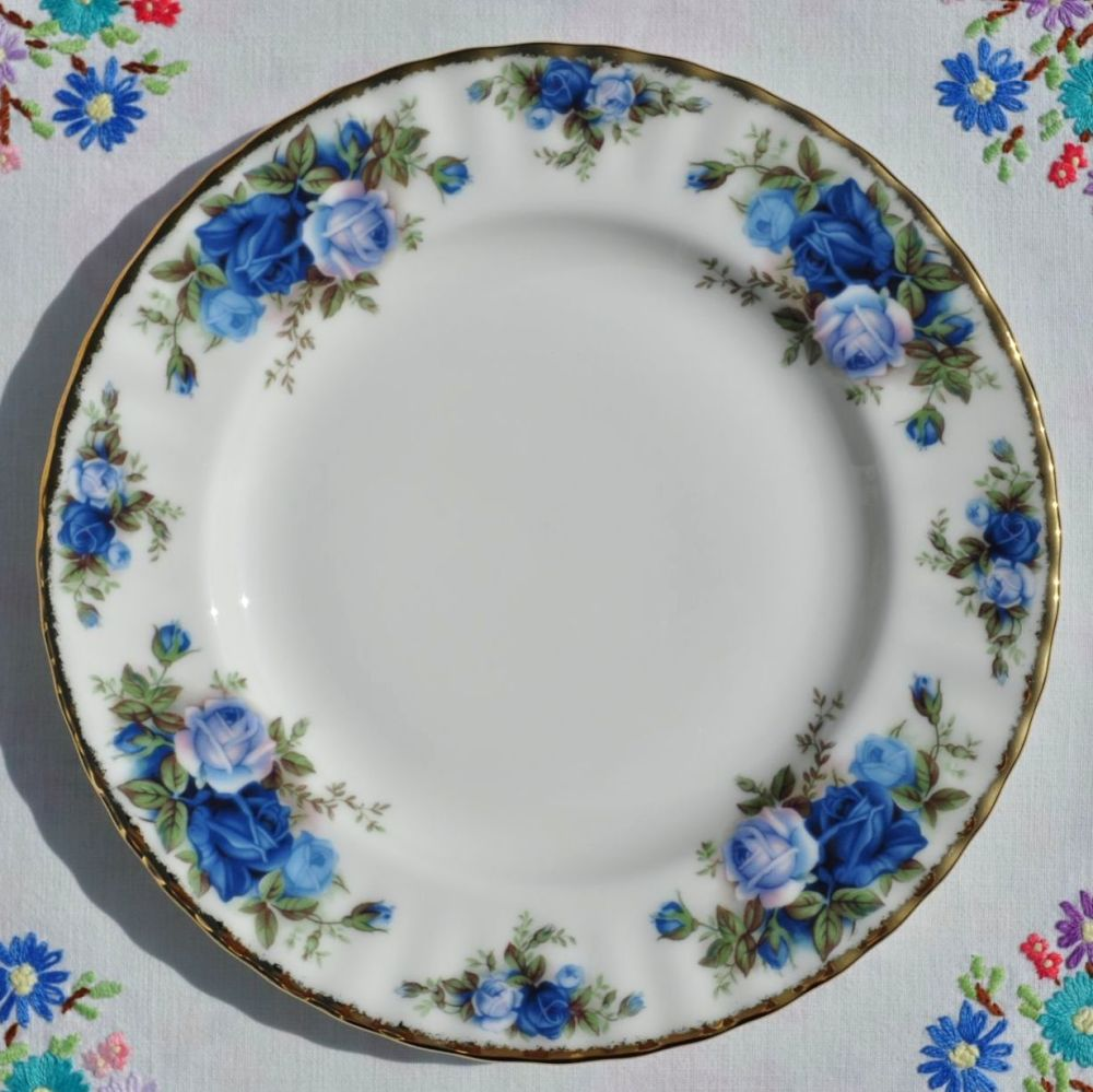 Royal Albert Moonlight Rose 20cm Plate