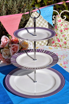Aynsley Sorrento Fine China Boxed Three-Tiered Cake Stand