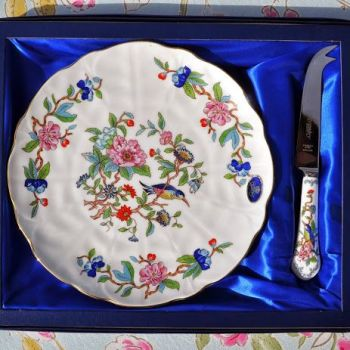 Aynsley Pembroke Fine China Plate and China Handled Cheese Knife Set