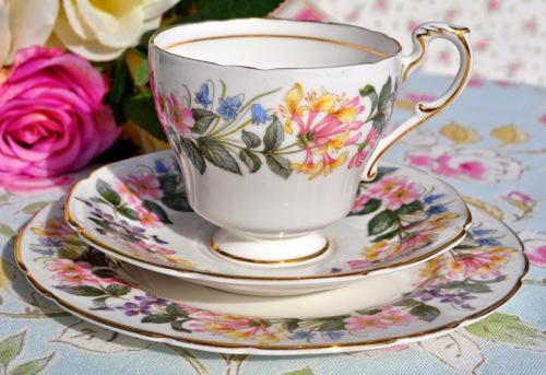 Paragon Country Lane English China Teacup, Saucer and Tea Plate Trio c.1957