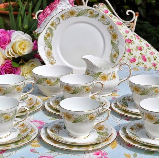 Duchess Greensleeves Vintage Bone China Tea Set for Six with Cake Plate