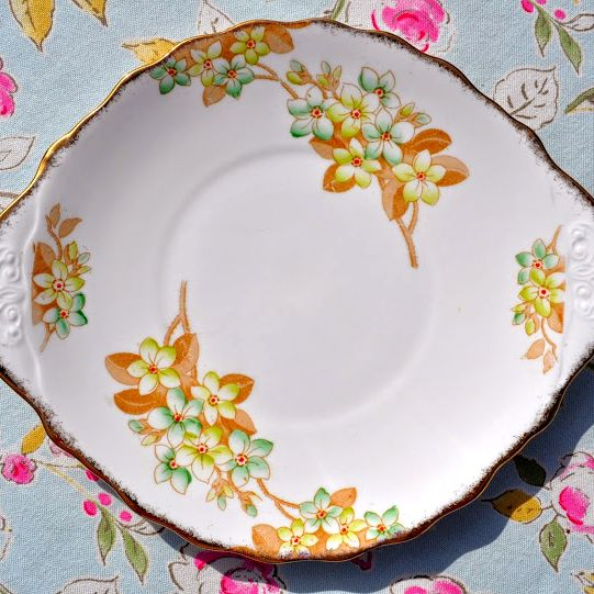Royal Albert Crown China Green Blossom Cake Plate c.1927+