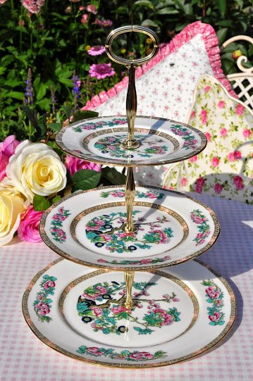 Duchess Indian Tree Pattern Vintage Bone China 3 Tier Cake Stand c.1950's
