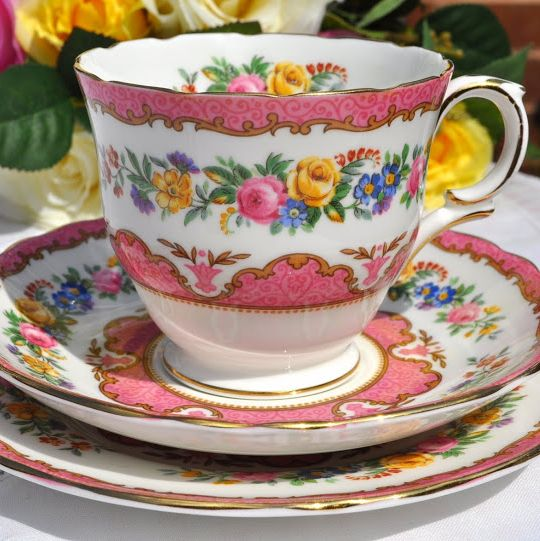 Crown Staffordshire Tunis Pink Vintage Bone China Round Handle Teacup Trio