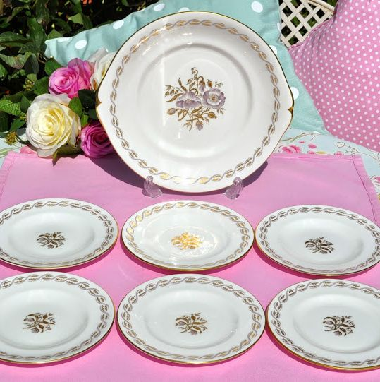 Royal Crown Derby Harvest Poppy Cake Plate and Six Tea Plates