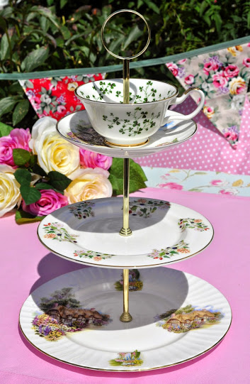 Cottage Garden Mismatched China Teacup Top 3 Tier Cake Stand