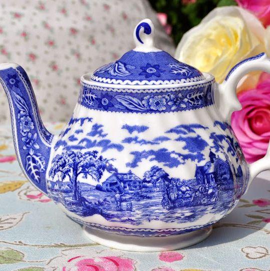 Crown Dorset Blue and White Fine Bone China 2 Cup Teapot